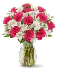 Classic Bouquet of Roses and Astroemeria