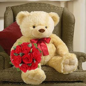 Big bear with 12 pcs red roses