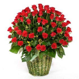 A Hundred Roses Basket
